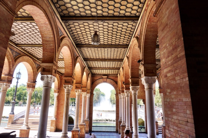 A guide to the most beautiful architecture in Seville, Spain.